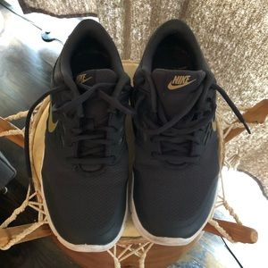 Nike Orive running shoes 8 black/gold